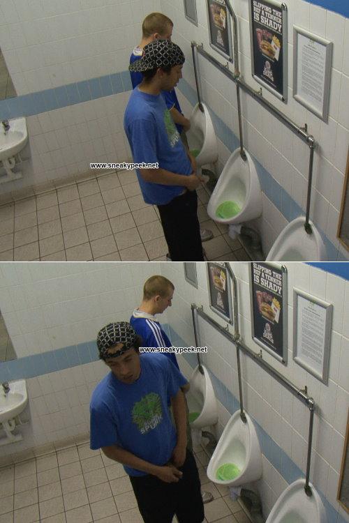 toilet gay voyeur