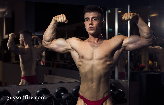 young bodybuildr