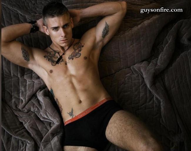 male model webcam