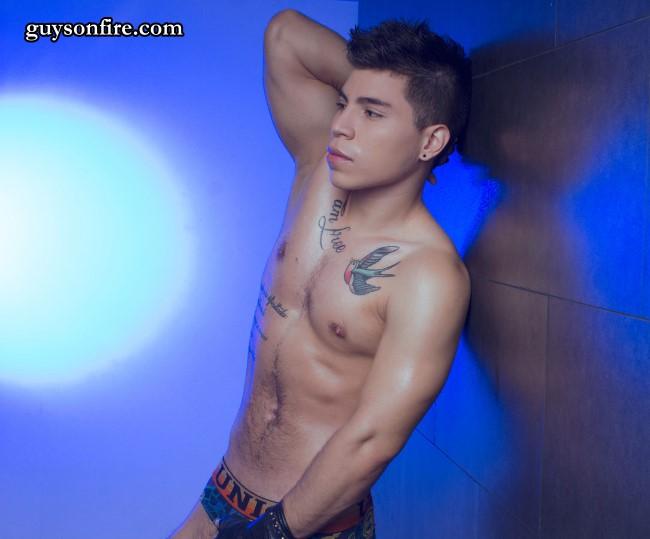 sexy boy gay webcam chat